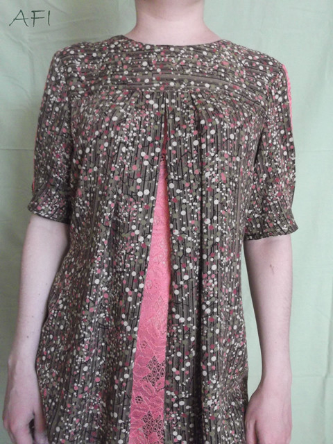 Cotton blouse - Front lace detail