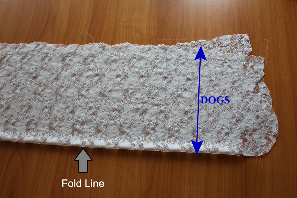 lace on fold