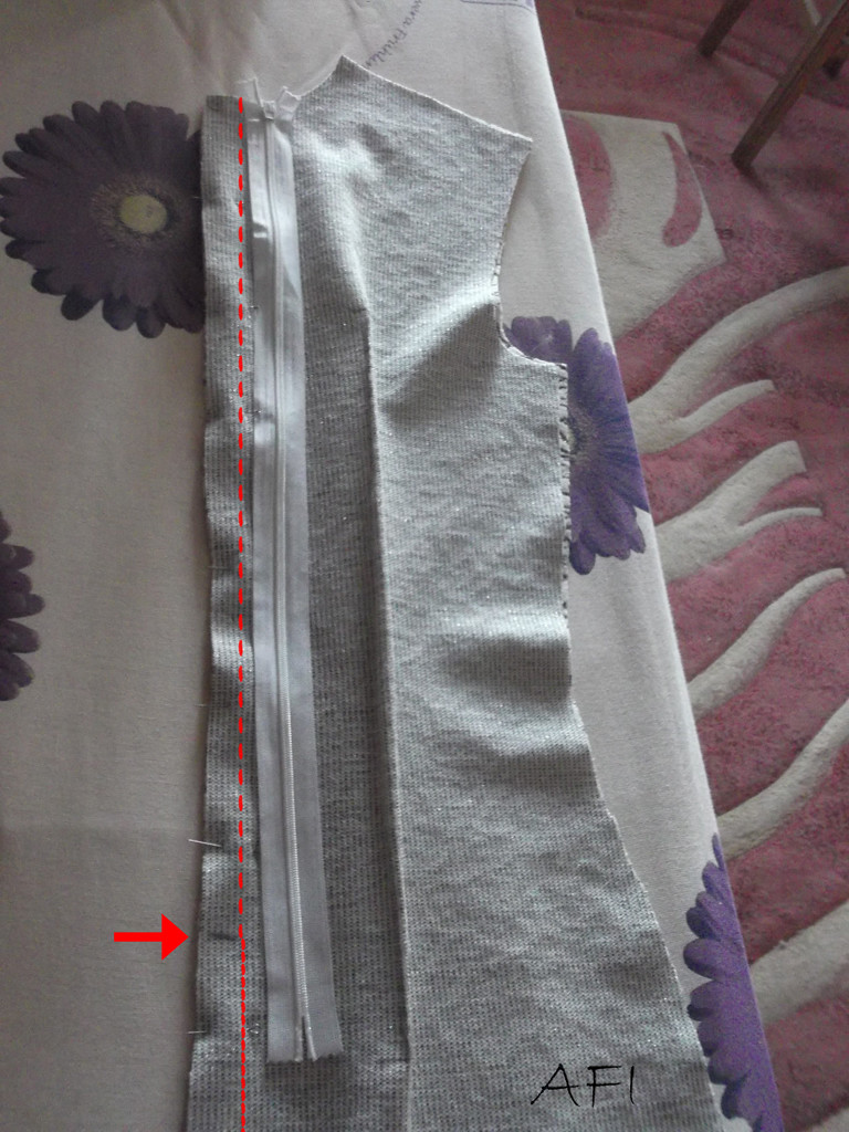 sewing hourglass dress back